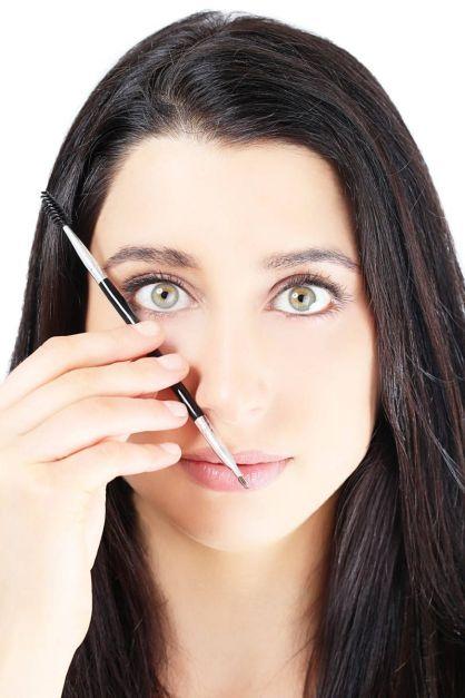 54ab1b2863ac5_-_elle-defining-eyebrow-tutorial-3-xln