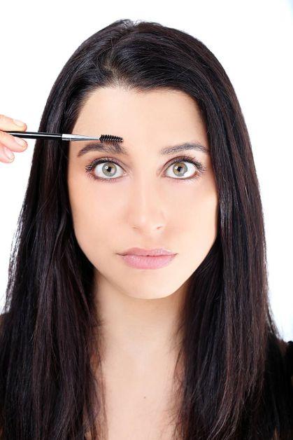 54ab1b4309516_-_elle-defining-eyebrow-tutorial-4-xln